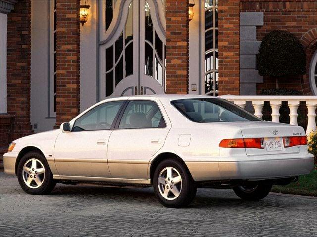 2001 Toyota Camry 4dr Sdn LE Auto